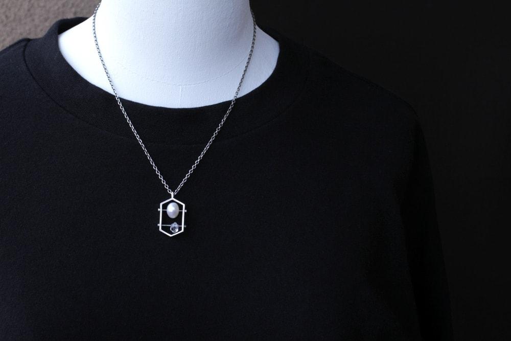 イシトメ-真珠と水晶-衣装